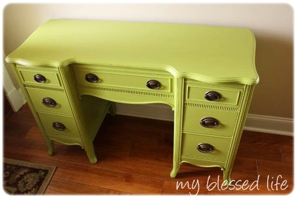 That Apple Green Desk