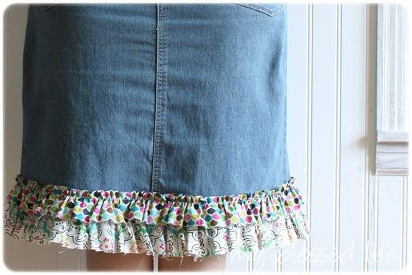 Как переделать старую джинсовую юбку своими руками с кружевом 6