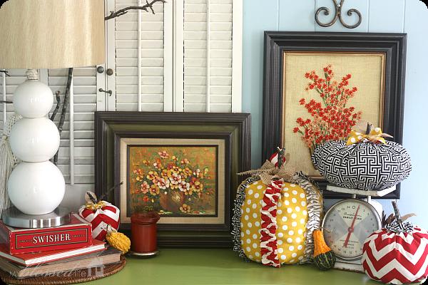 Decorating for fall fall vignette for Decor vignette