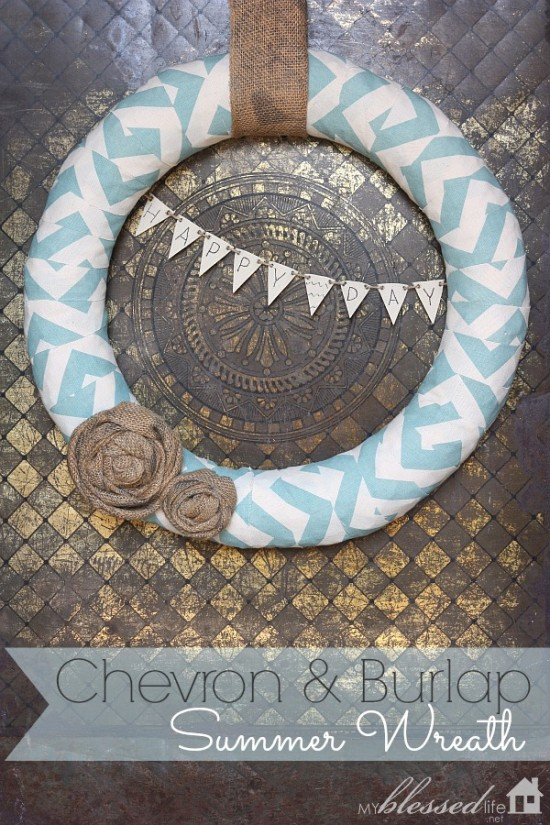 Chevron & Burlap Summer Wreath | MyBlessedLife.net