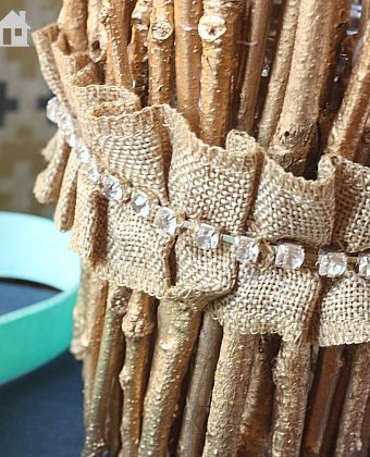 Easy DIY Gold Twig Candle Holder | MyBlessedLife.net