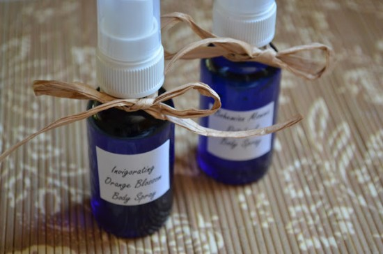 12 Homemade Gifts With Essential Oils | MyBlessedLife.net