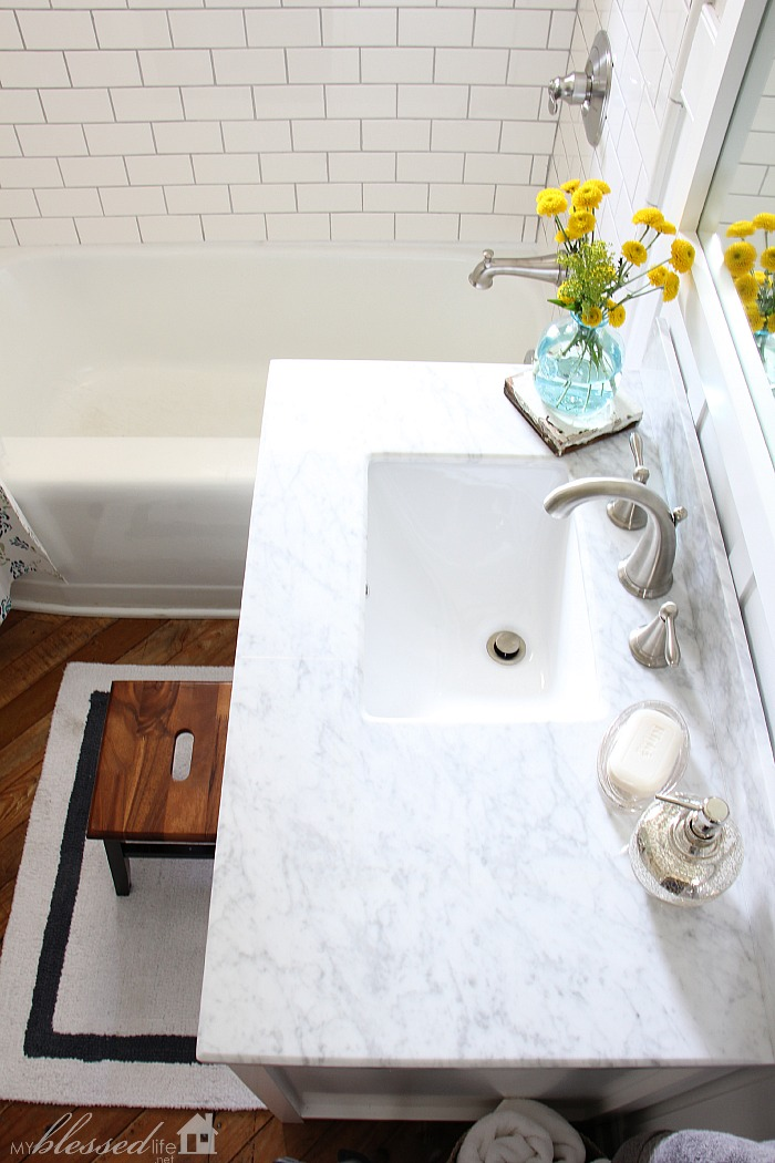 Beautiful Cottage Style Bathroom Makeover Myblessedlife