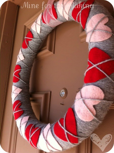 20 Fabulous Valentine's Day Wreaths | MyBlessedLife.net