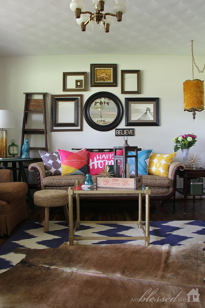 Accessorize Your Living Room With Color! {$100 Tiny Prints Giveaway}