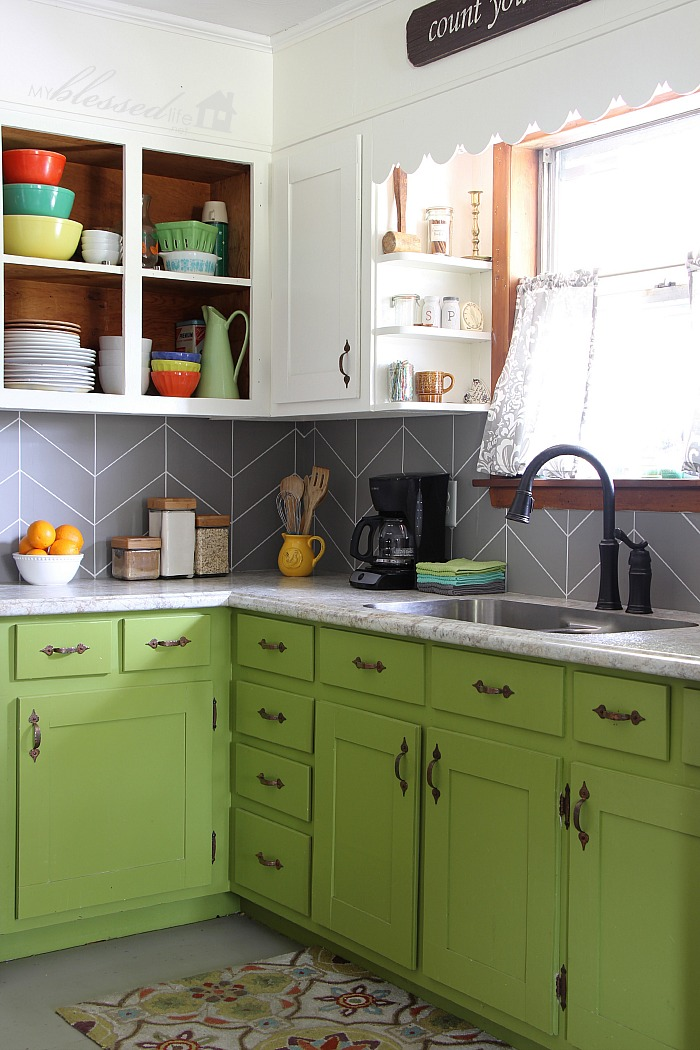 Easy DIY Herringbone Tile Painted Backsplash | MyBlessedLife.net