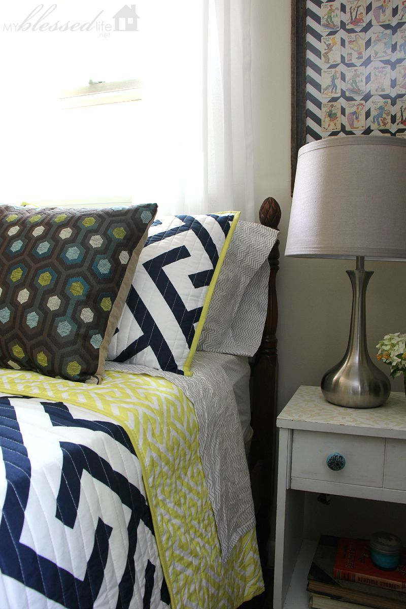 Guest Bedroom Makeover | MyBlessedLife.net