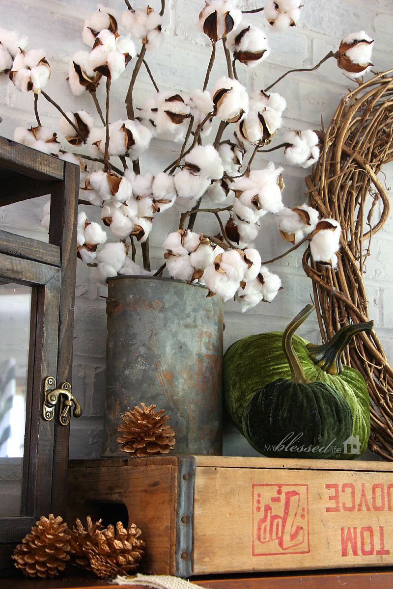 Natural Layered Fall Mantel | MyBlessedLife.net