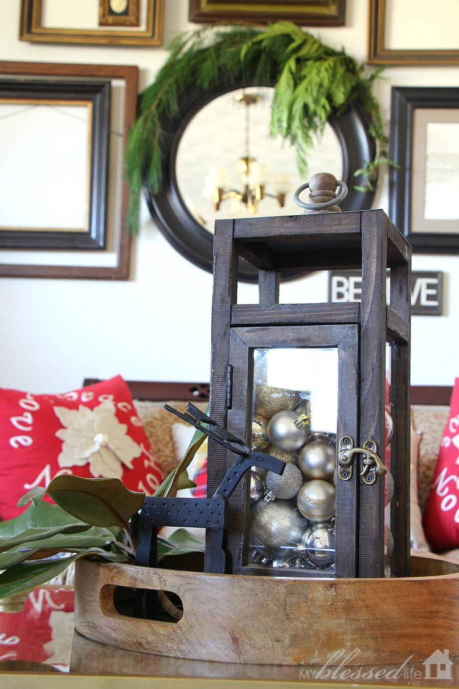 Christmas Living Room 2015 | MyBlessedLife.net