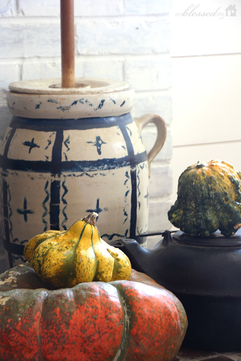 Fall Mantel 2016 | MyBlessedLife.net